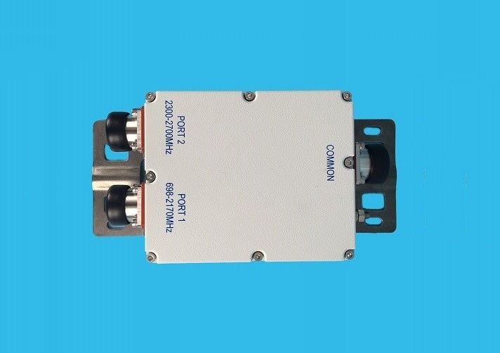 698 - 2170MHZ Multiband Combiner / High Power Coupler Low PIM Connectors Double Unit
