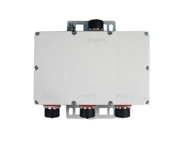 Integrated Structure Triple Band Combiner 160DBC Insertion Loss Outdoor IP67